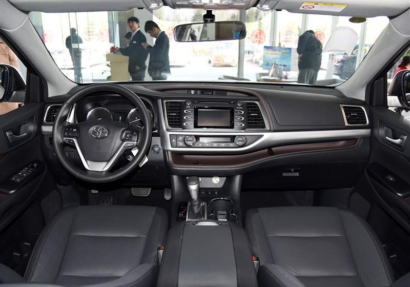 2015款 2.0T 四驱豪华版 7座
