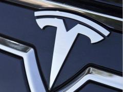 特斯拉再次降价 Model X跌破80万