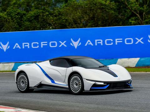 ARCFOX-GT