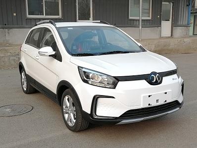 北汽新能源家族将再添一员 新SUV命名EC5
