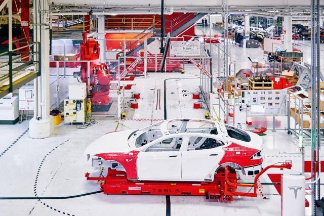 特斯拉的2018,特斯拉超级工厂