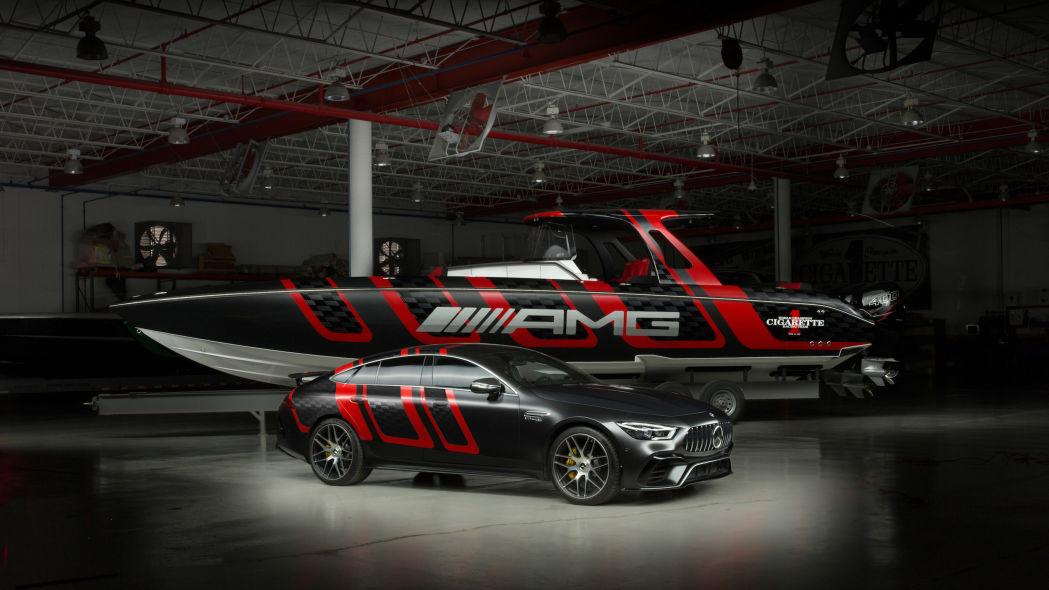 梅赛德斯AMG和Cigarette Racing合作推出41'碳纤维版快艇