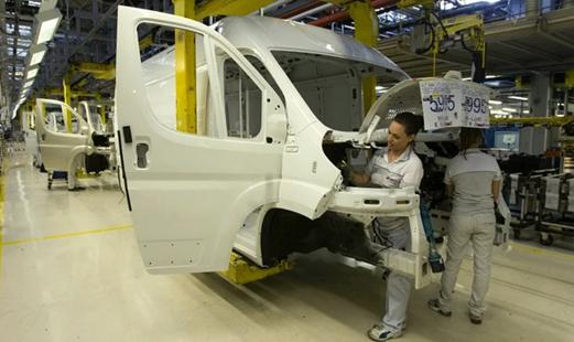 PSA与FCA大型货车生产协议延至2023年