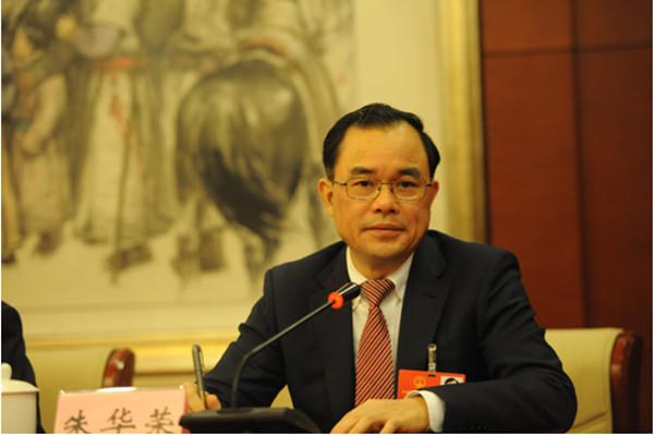 全国人大代表、长安汽车总裁朱华荣:  推动中国品牌向上   完善智能网联标准