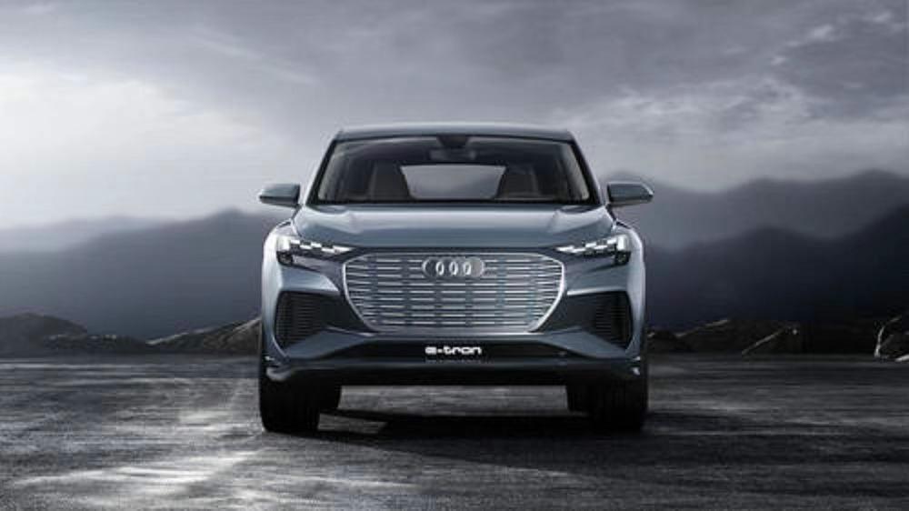 2020年底推出 奥迪Q4 e-tron概念车全球首发