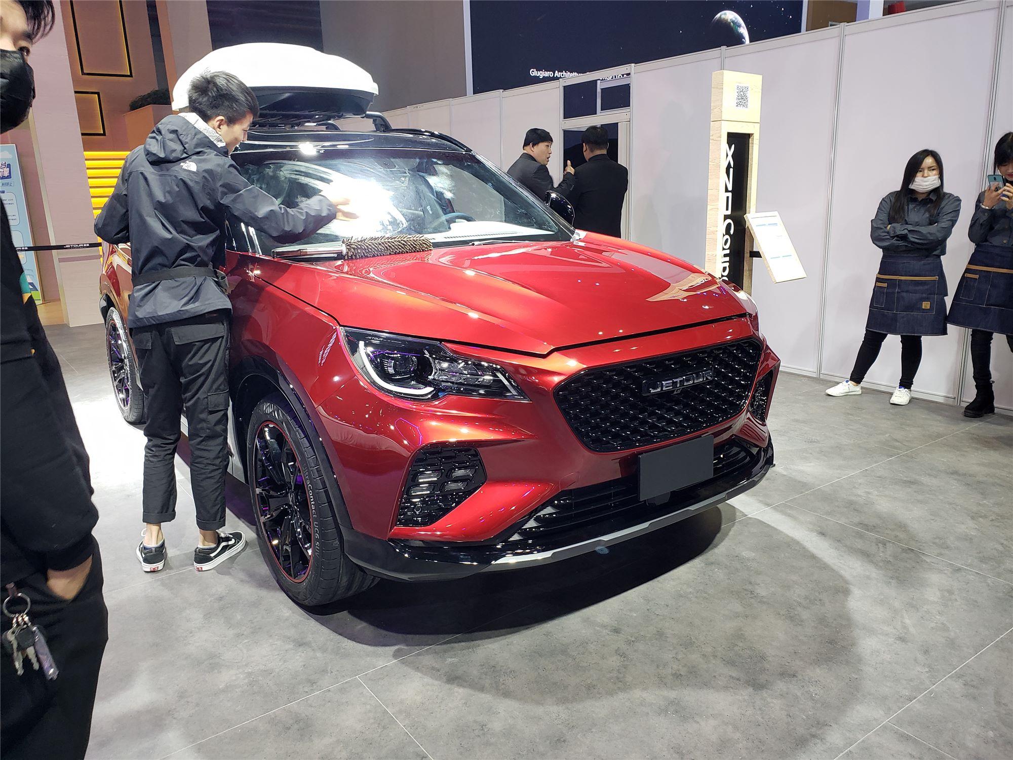2019上海车展探馆采用双色车身设计 捷途X70 COUPE曝光
