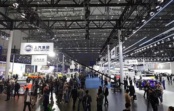 """功夫AUTO丨终于,造车新势力靠边站!传统车企""""逆袭""""上海车展"""