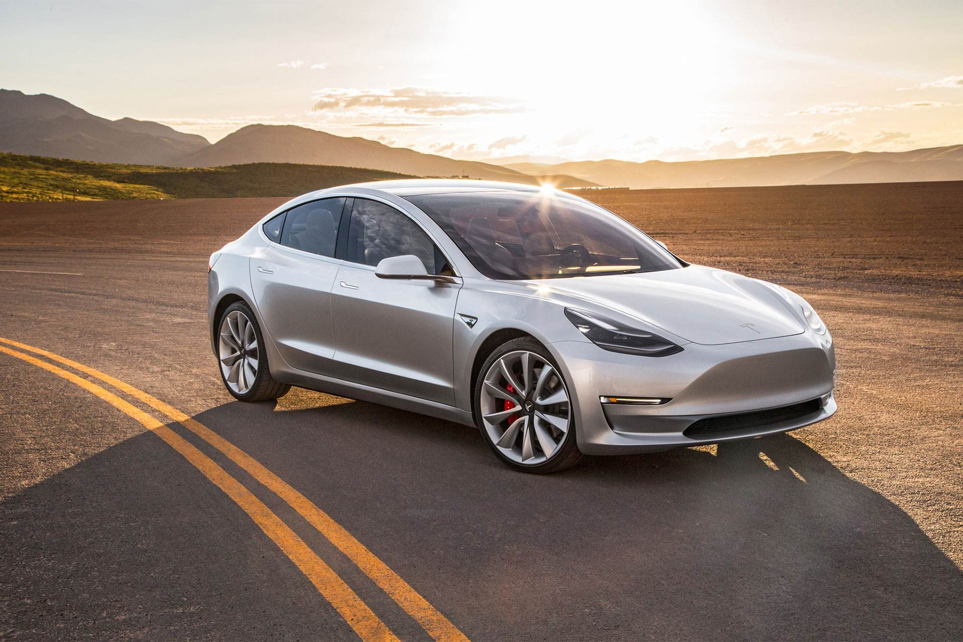 Model 3全自动驾驶限时免费 特斯拉推新政促销量