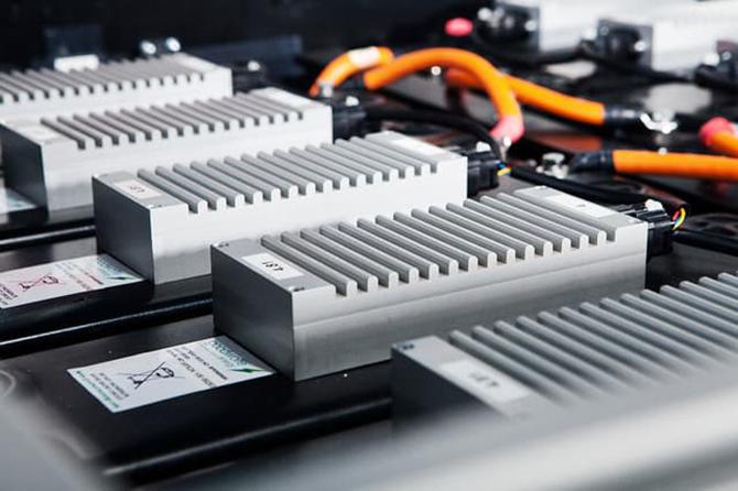 汽车预言家丨摆脱亚洲80%车载电池依赖 德法谋划加快布局欧洲电池规模