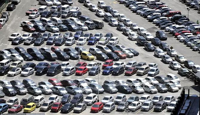 蓝鲸汽车丨汽车4S店退网频发背后,是谁压垮了经销商?
