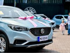 40天,2000订单!欧洲纯电SUV名爵EZS订单爆表!9.99万起,性价比超高