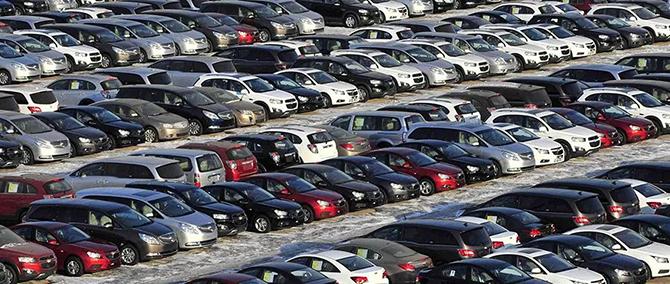 北京商报丨上半年和6月国内汽车产销量都下滑!下半年市场会回暖吗