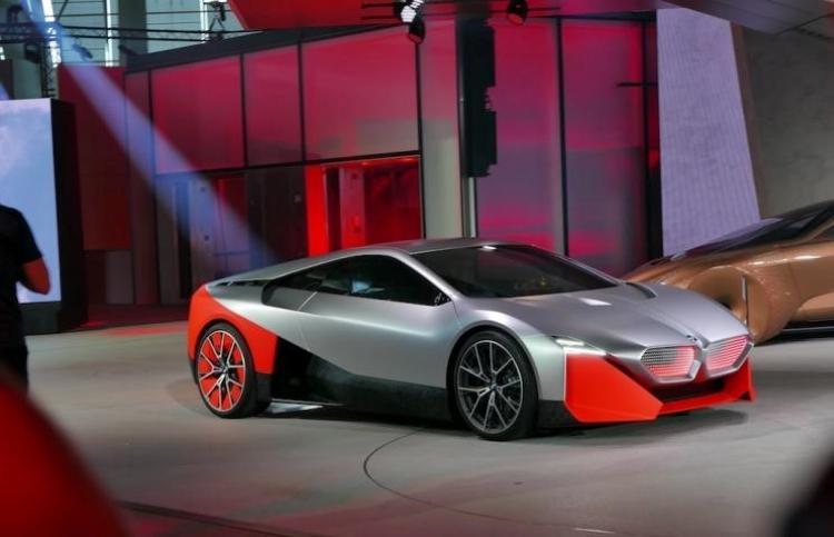 宝马加速新能源计划 提前两年推25款车型