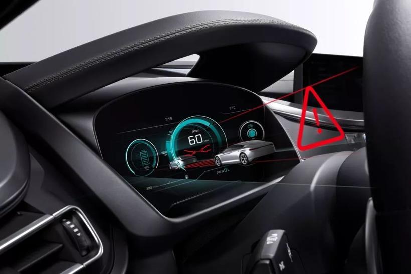 一块屏引发的反思:车载触摸屏到底安不安全