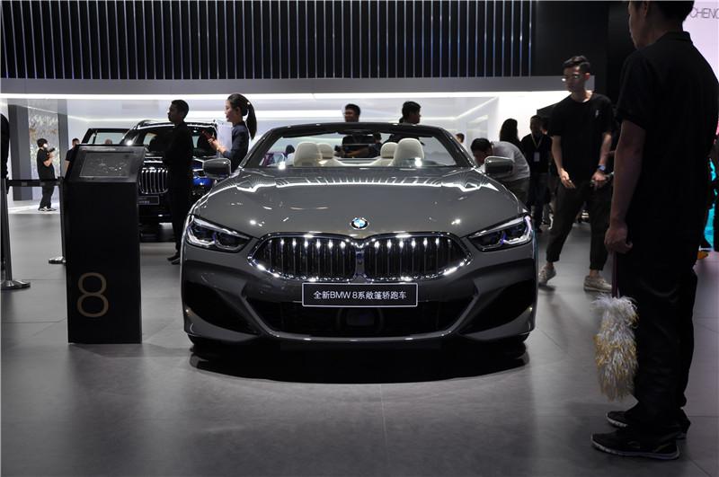 2019成都车展实拍 | 会是你的Dreamcar吗? 抢先实拍宝马8系家族