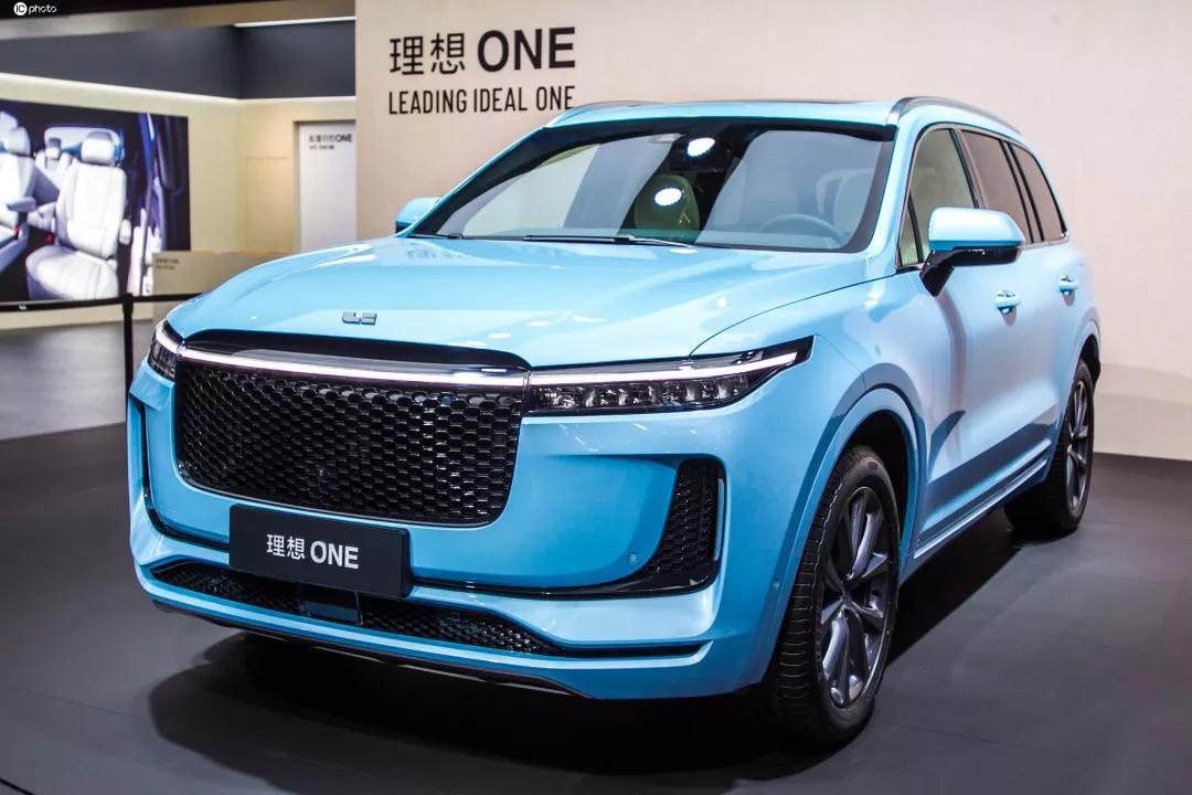 蓝鲸汽车丨产品尚未交付却先改款,理想ONE的这波操作能否如愿破冰市场?