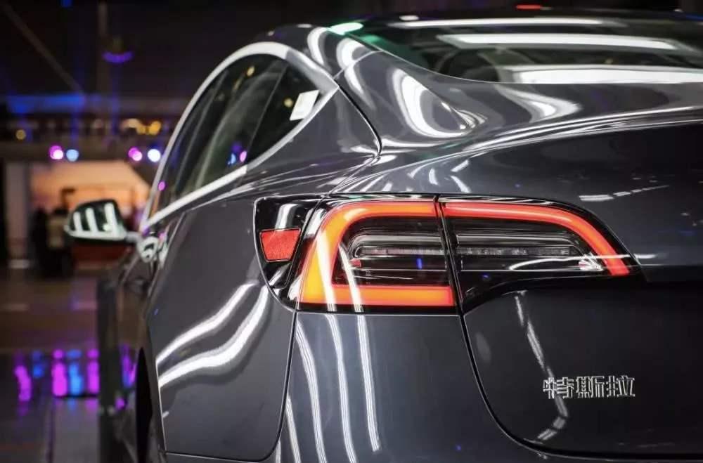 """上演""""中国速度""""的特斯拉:新能源汽车市场的一条""""鲶鱼"""""""