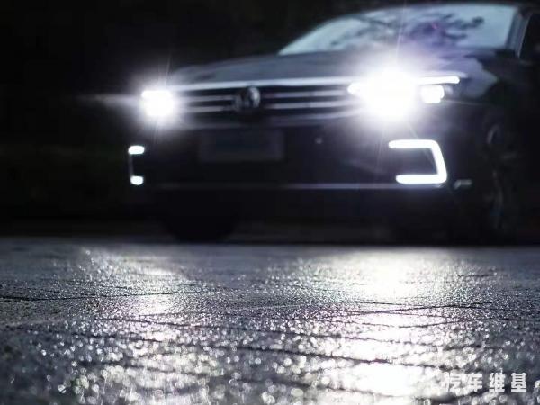 汽车维基 | 一汽-大众新迈腾试驾报告丨好久不见,你似乎变得更加善解人意了些
