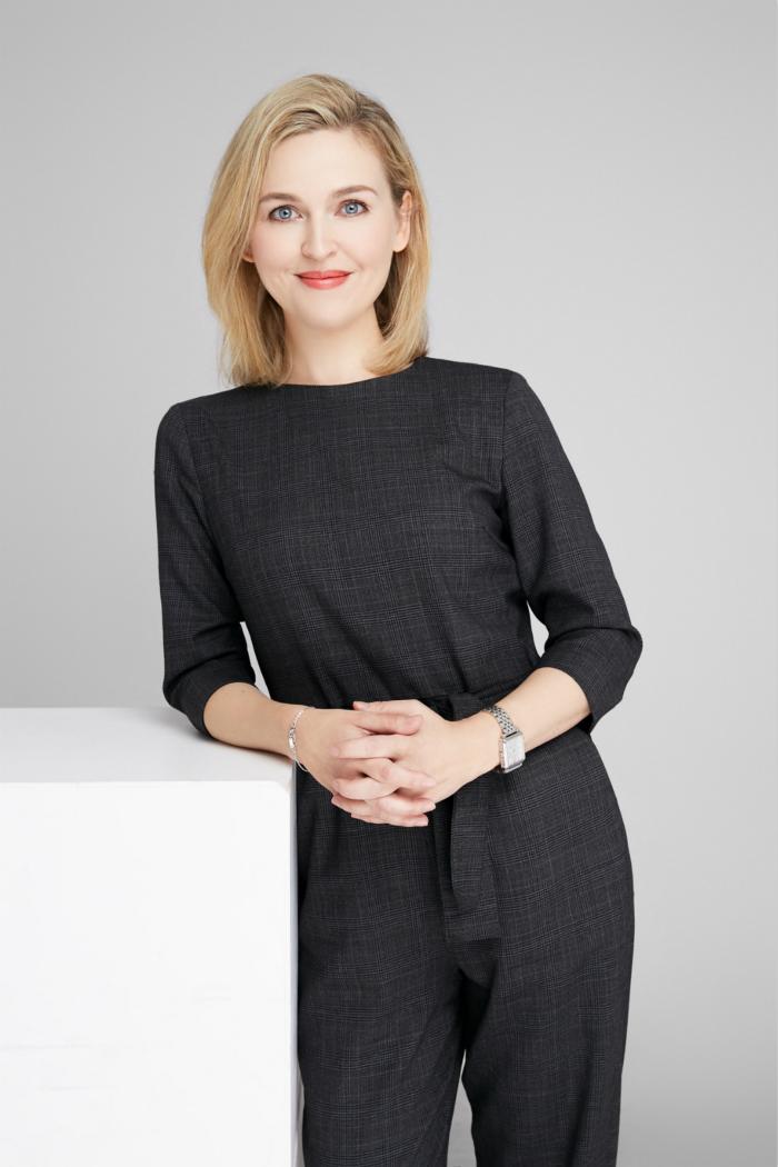 前布加迪设计师卡米拉·科罗普加盟高合HiPhi多维感官设计中心