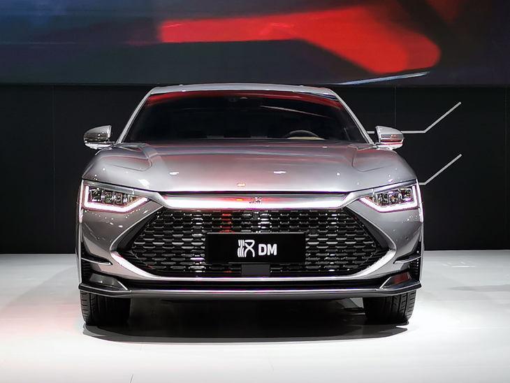 2020粤港澳车展 | 百公里加速仅需4.7s   比亚迪汉DM正式亮相