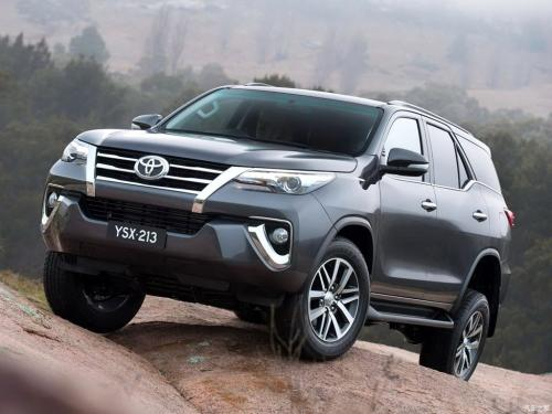 丰田汽车上半年销量超越大众 6年来首次位居全球销量第一