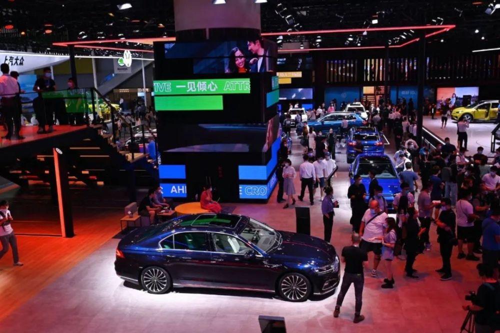 2020广州车展 | 突围存量市场,上汽大众亮出三张新名片