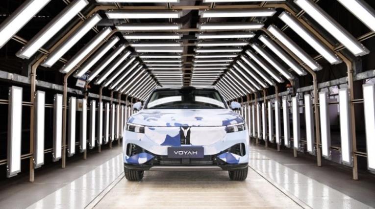 蓝鲸汽车 | 岚图汽车首款量产车预生产下线,预计于2021年第三季度上市